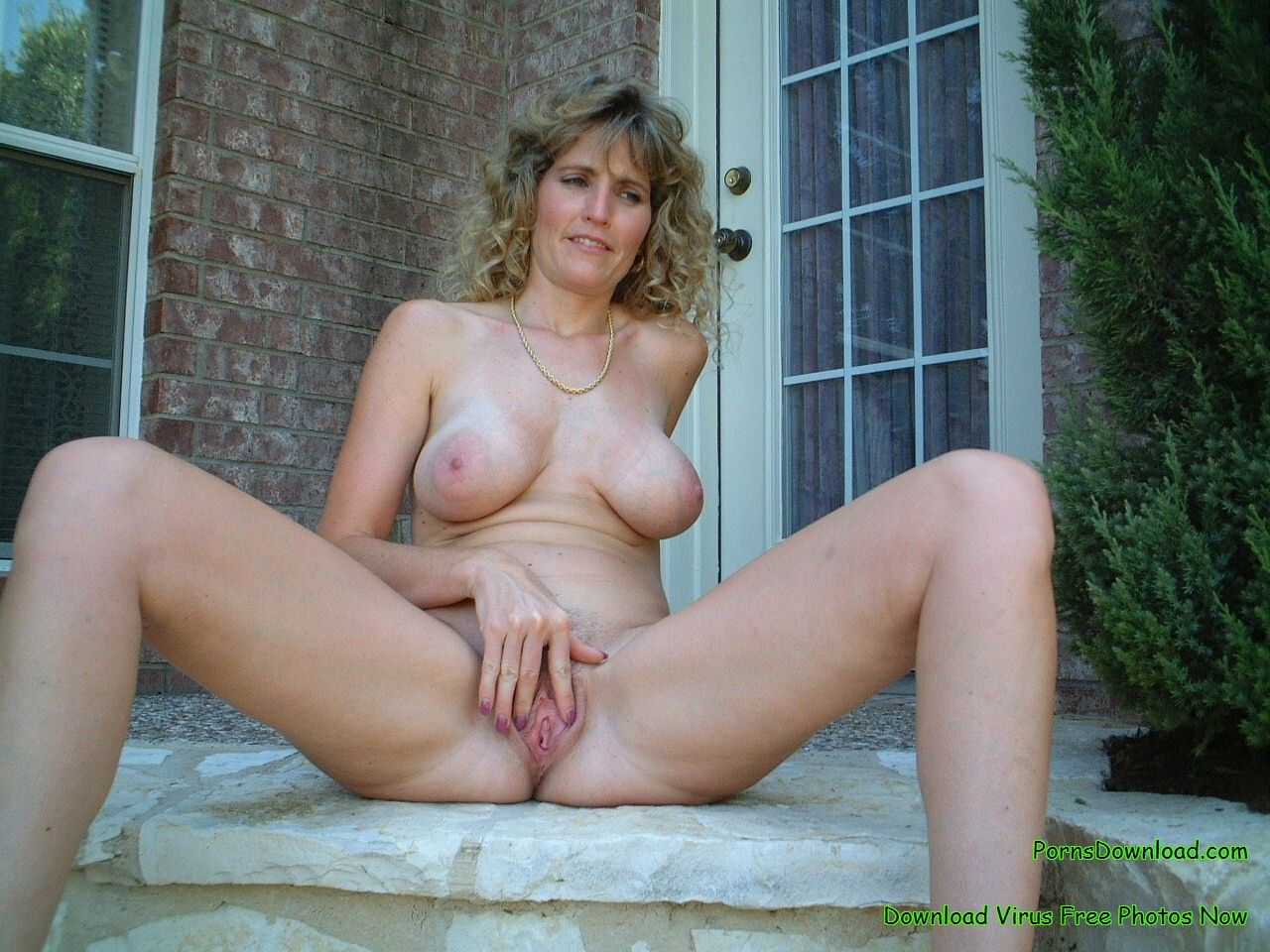 Amateur mature naked