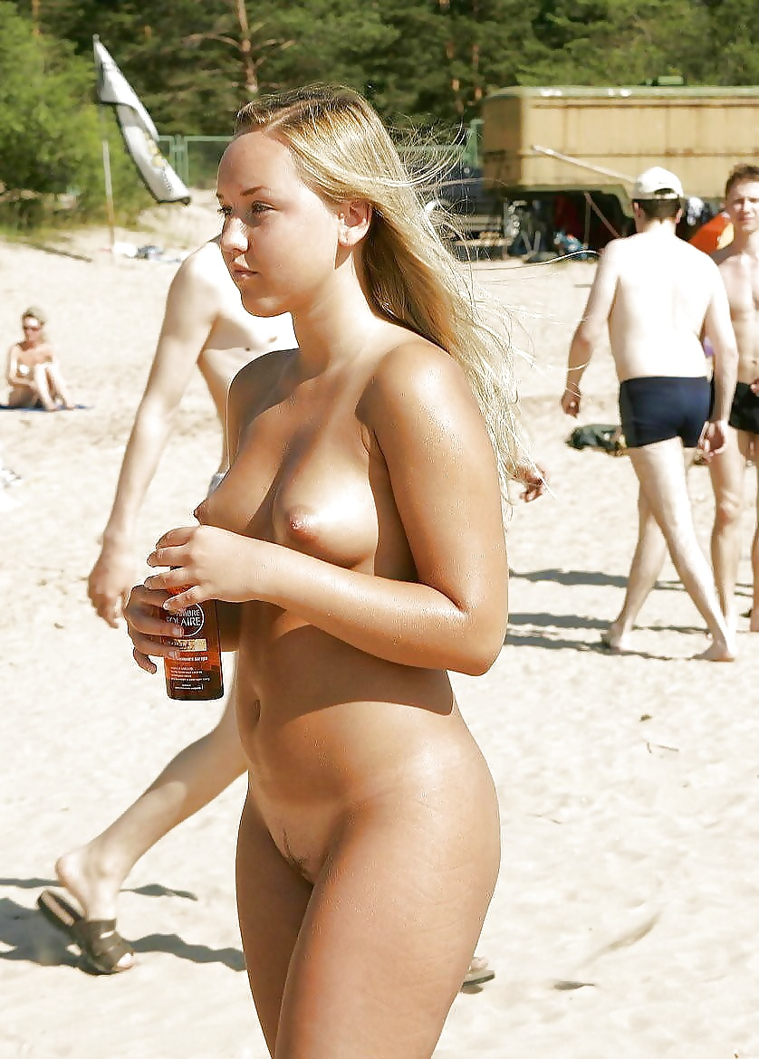 French nudist