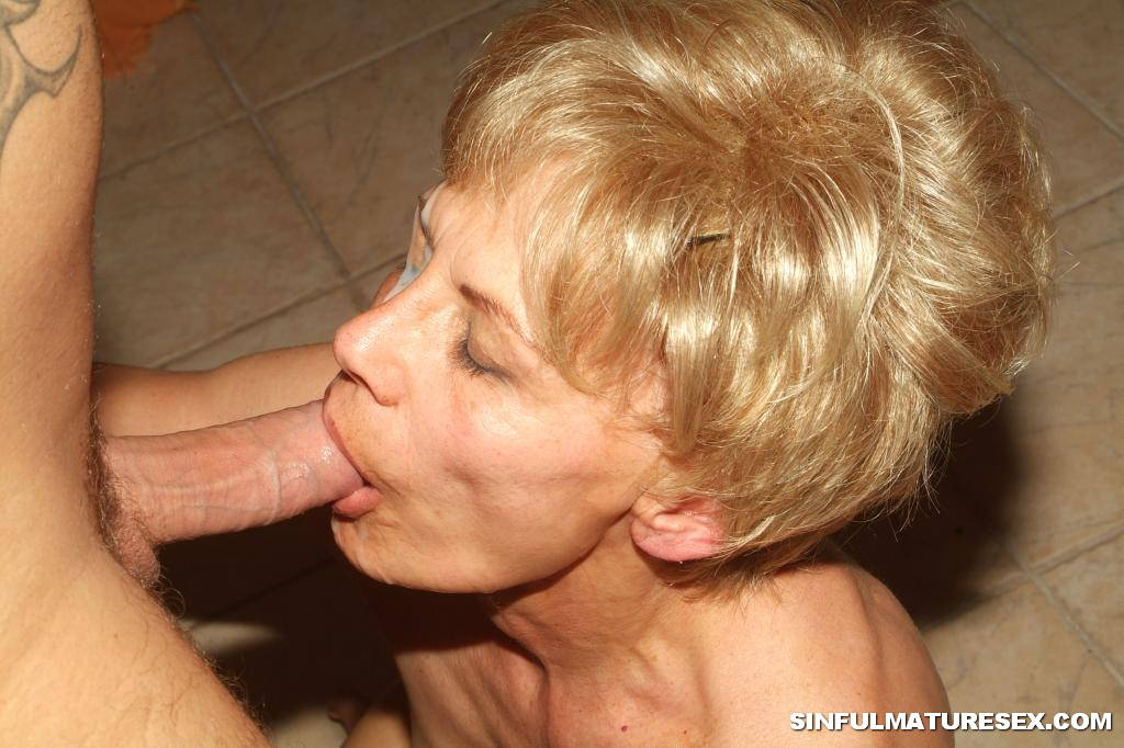 Full size defloration pussy pictures hd