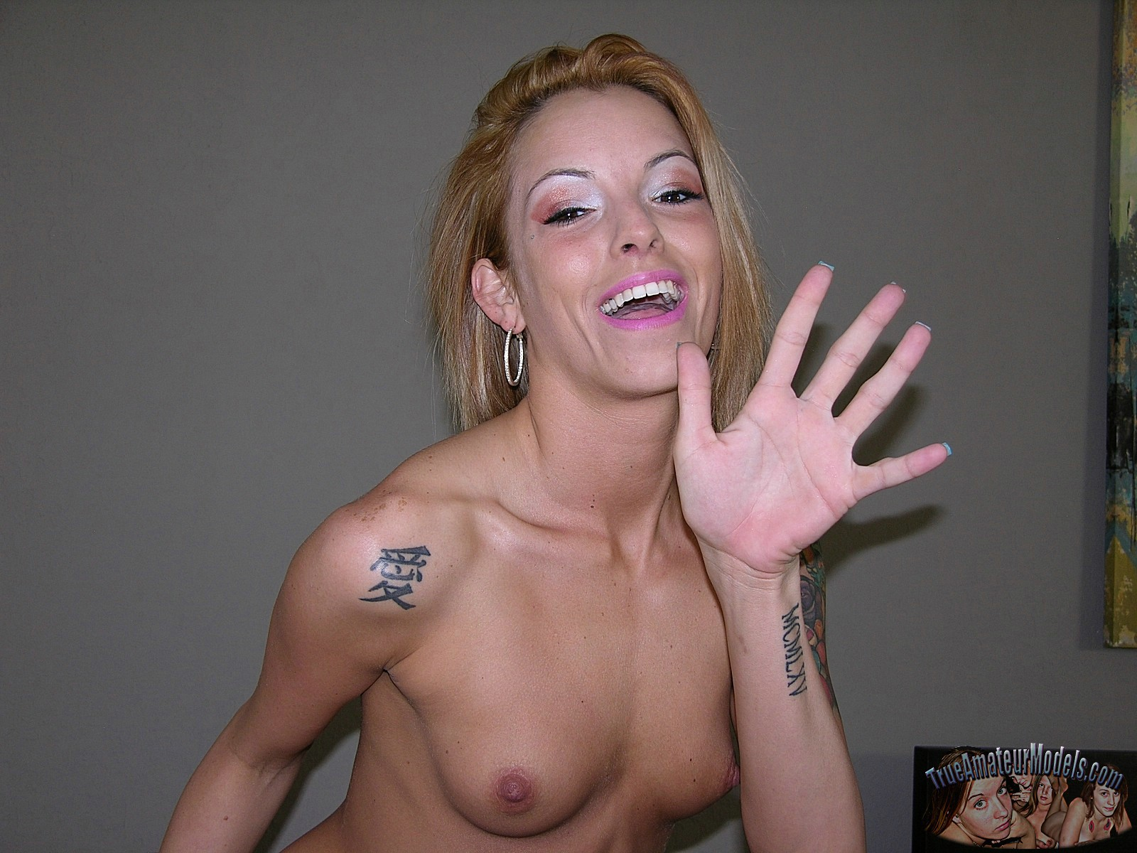 Amateur One Night Stand Blonde