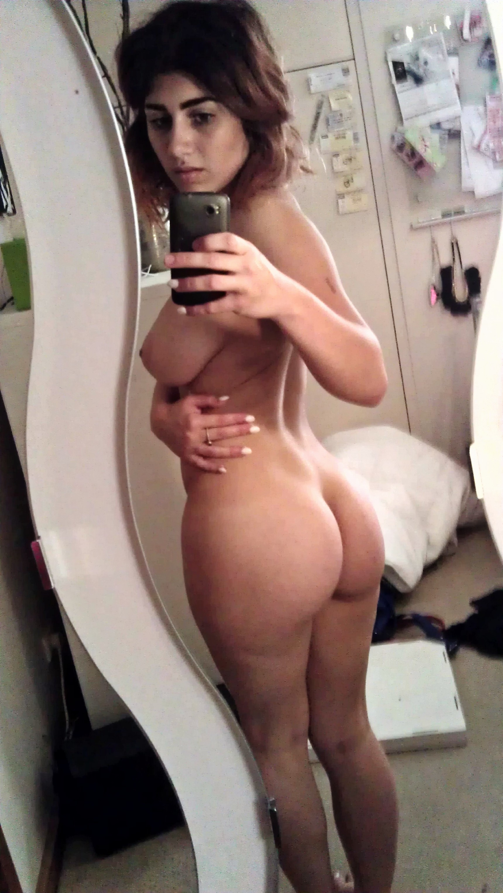 Yongest xxx nude pics of girls ass in mirror girls having