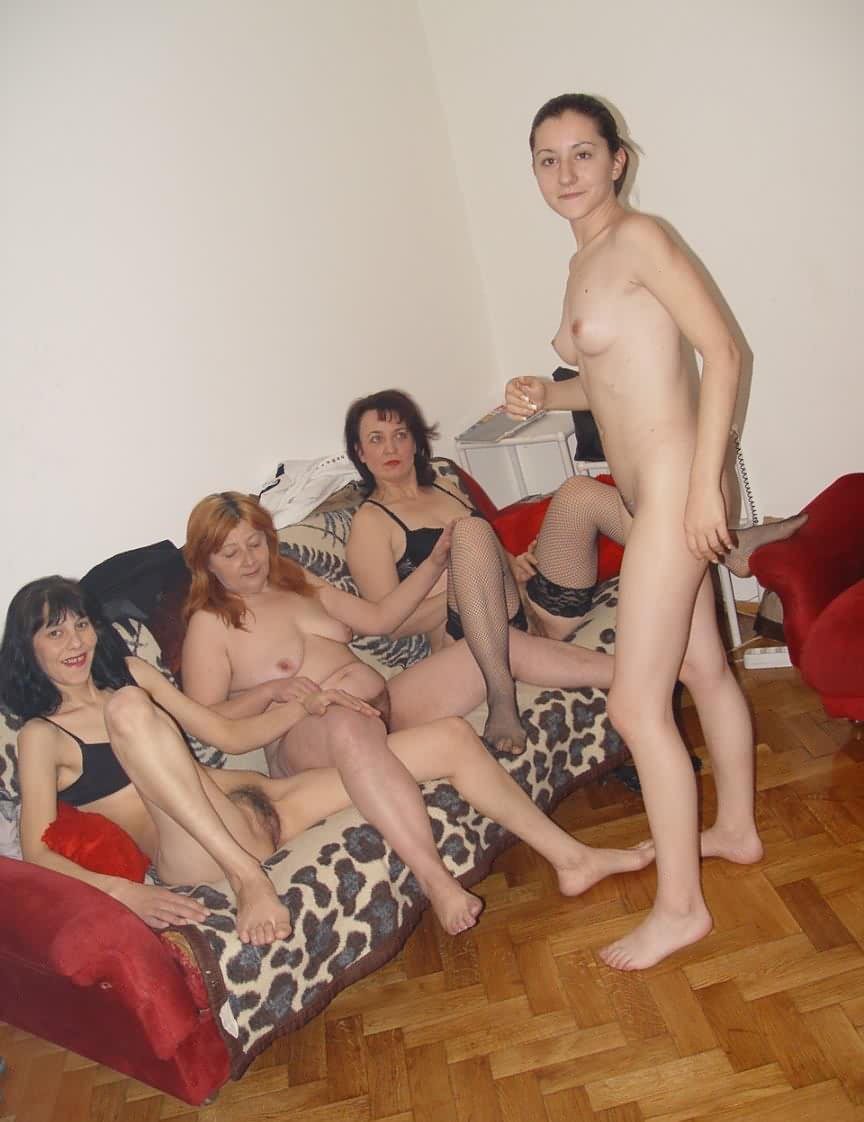 Hot mature ladies fucking