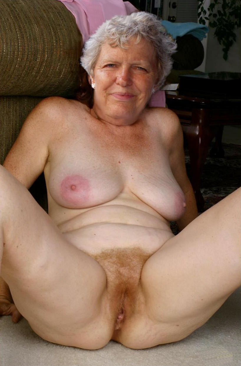 Foto hot spreading pregnant open pussy