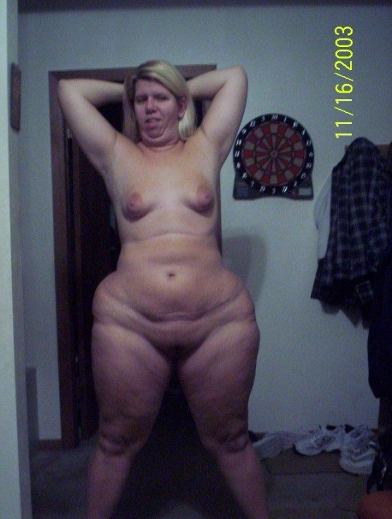 Curvy women with small tits nude