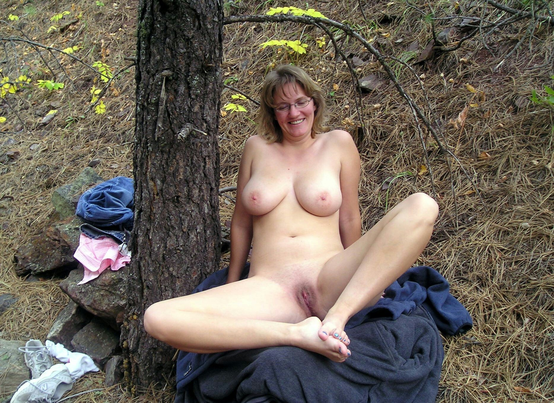 Pictures of naked wife outdoors — pic 12