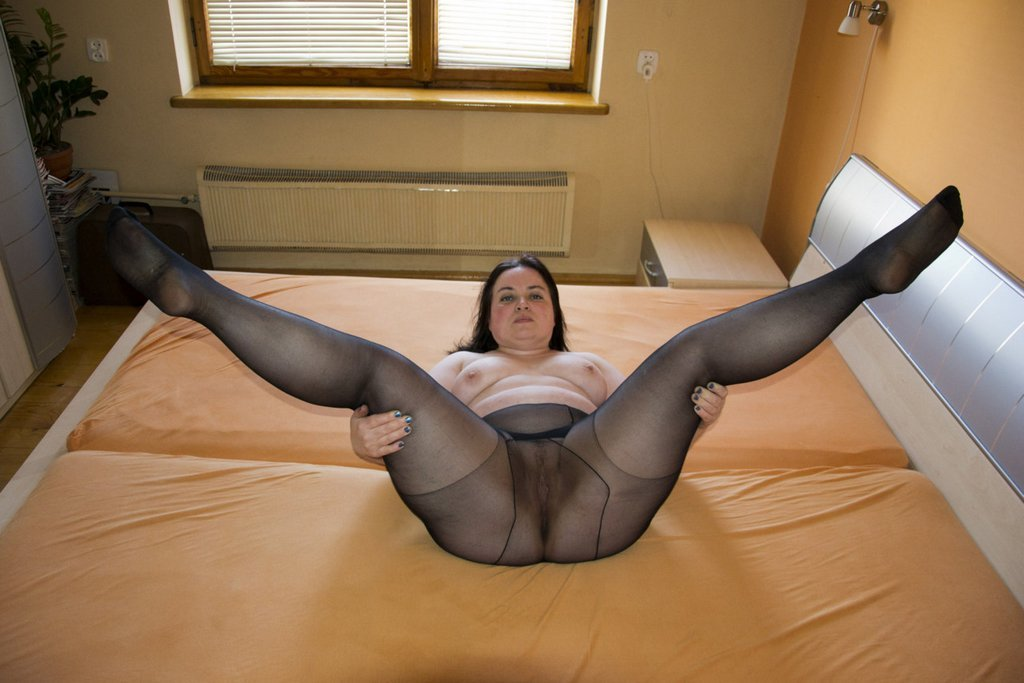 pantyhose-lowes-galleries