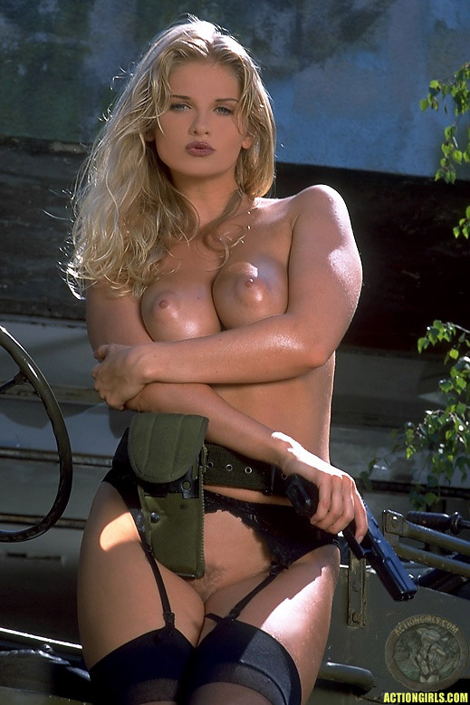 Naked girls in military — 1