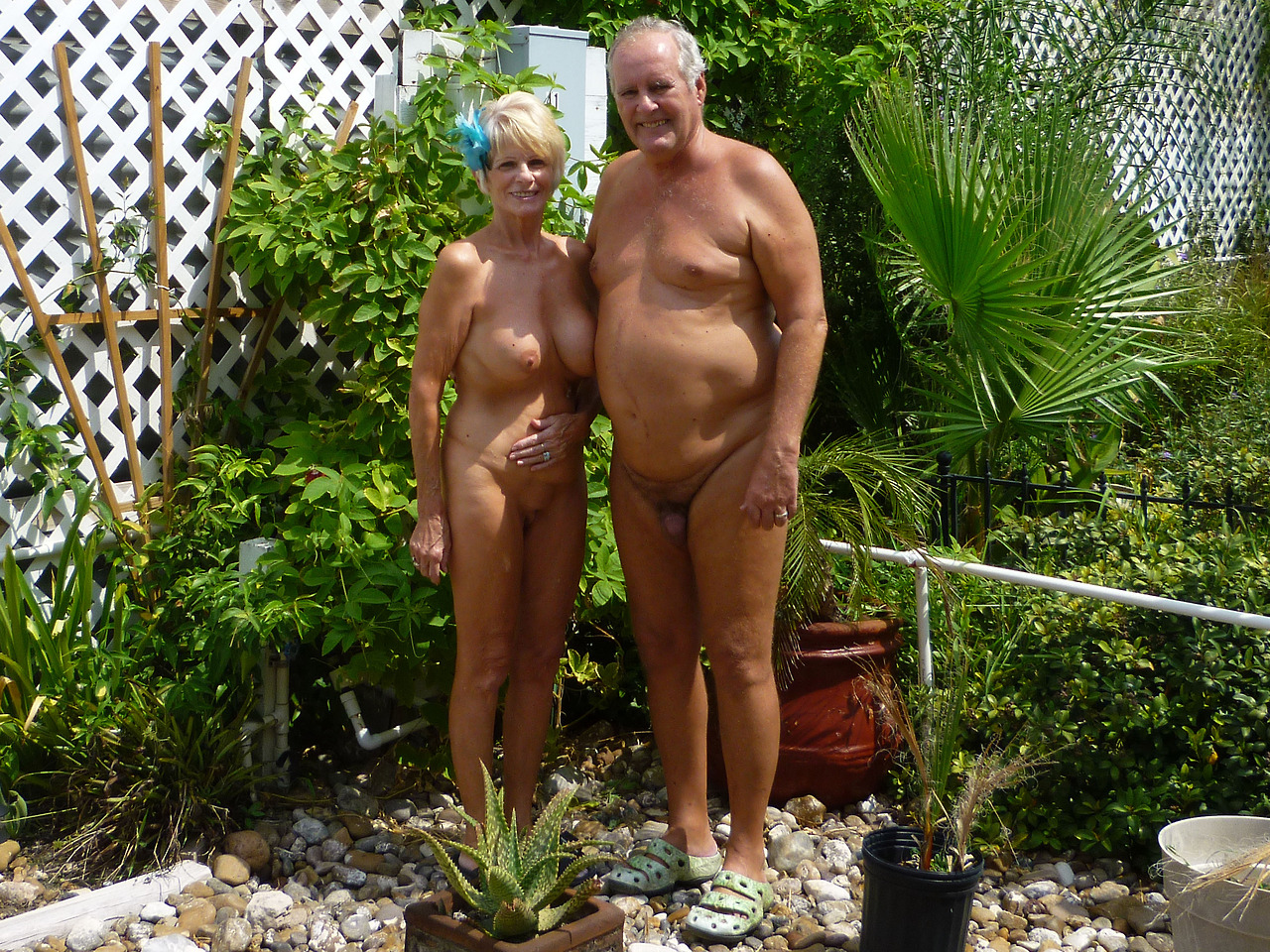 naked fkk grandma groups