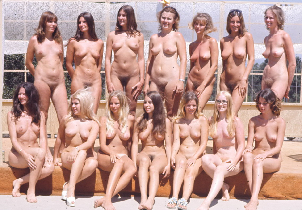 group of alt women nude