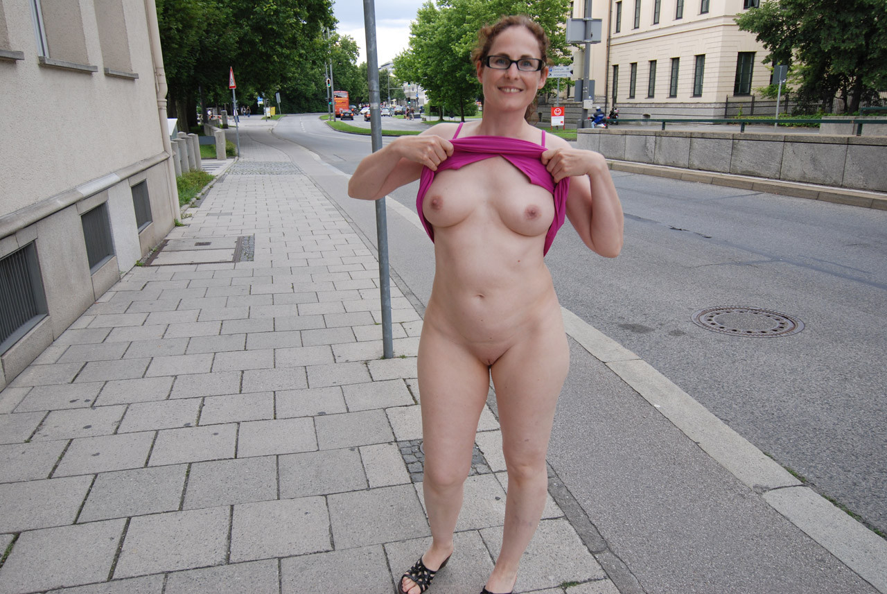 free public nude pictures