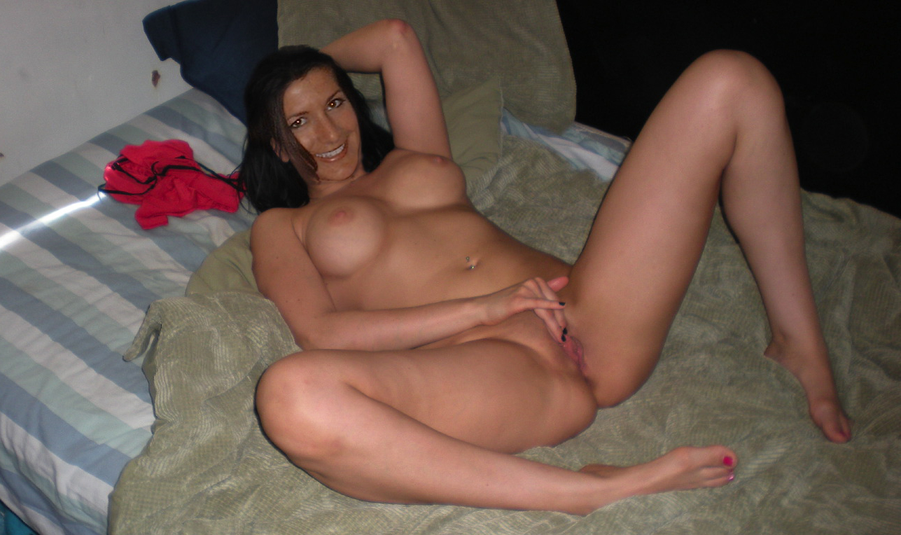 Fucked wife spread and