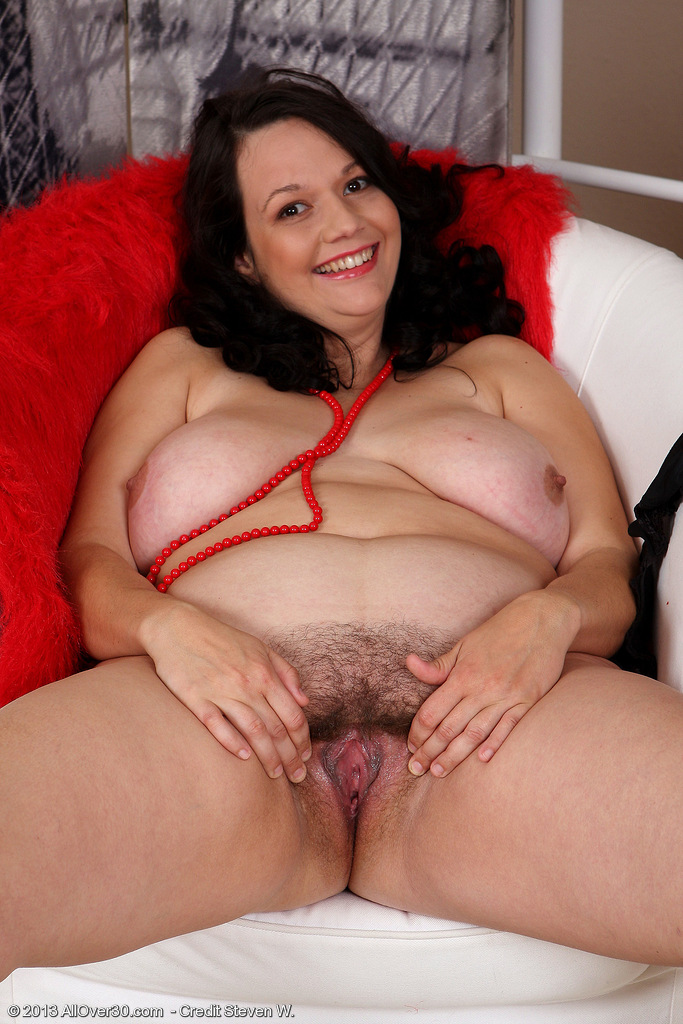 Hairy creampie happy milf