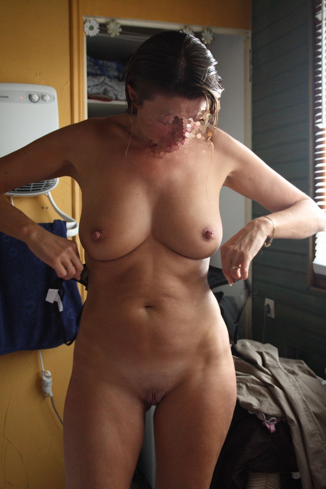 Mature pleasured by many