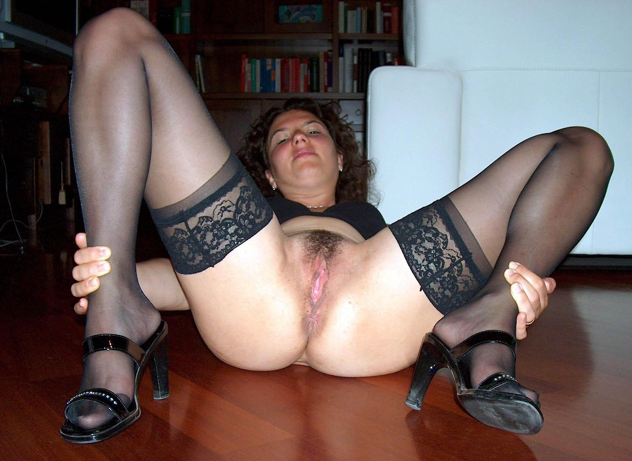 spread milf Hot fuck amateur Homemade