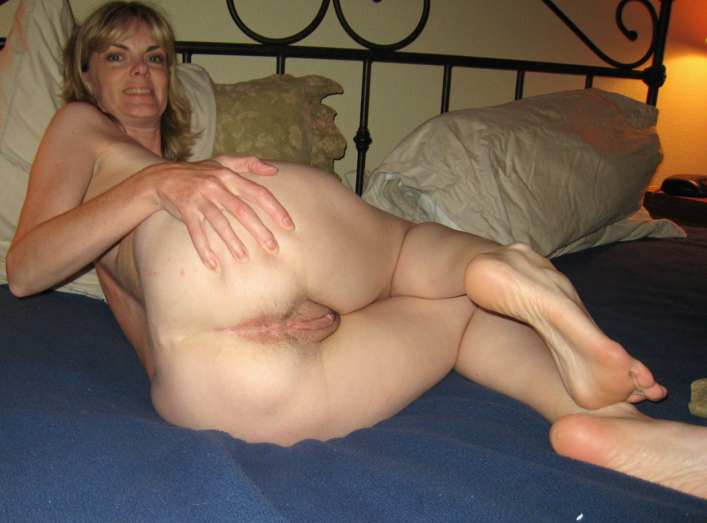 Older mature women housewives free pics
