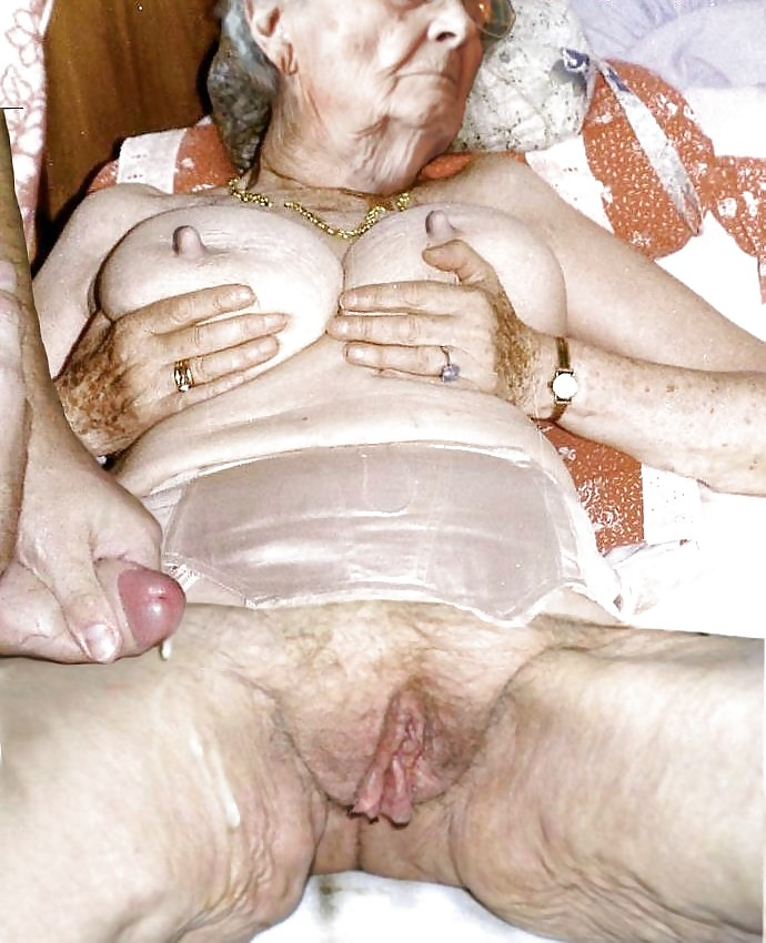 Old granny pic, free women gallery
