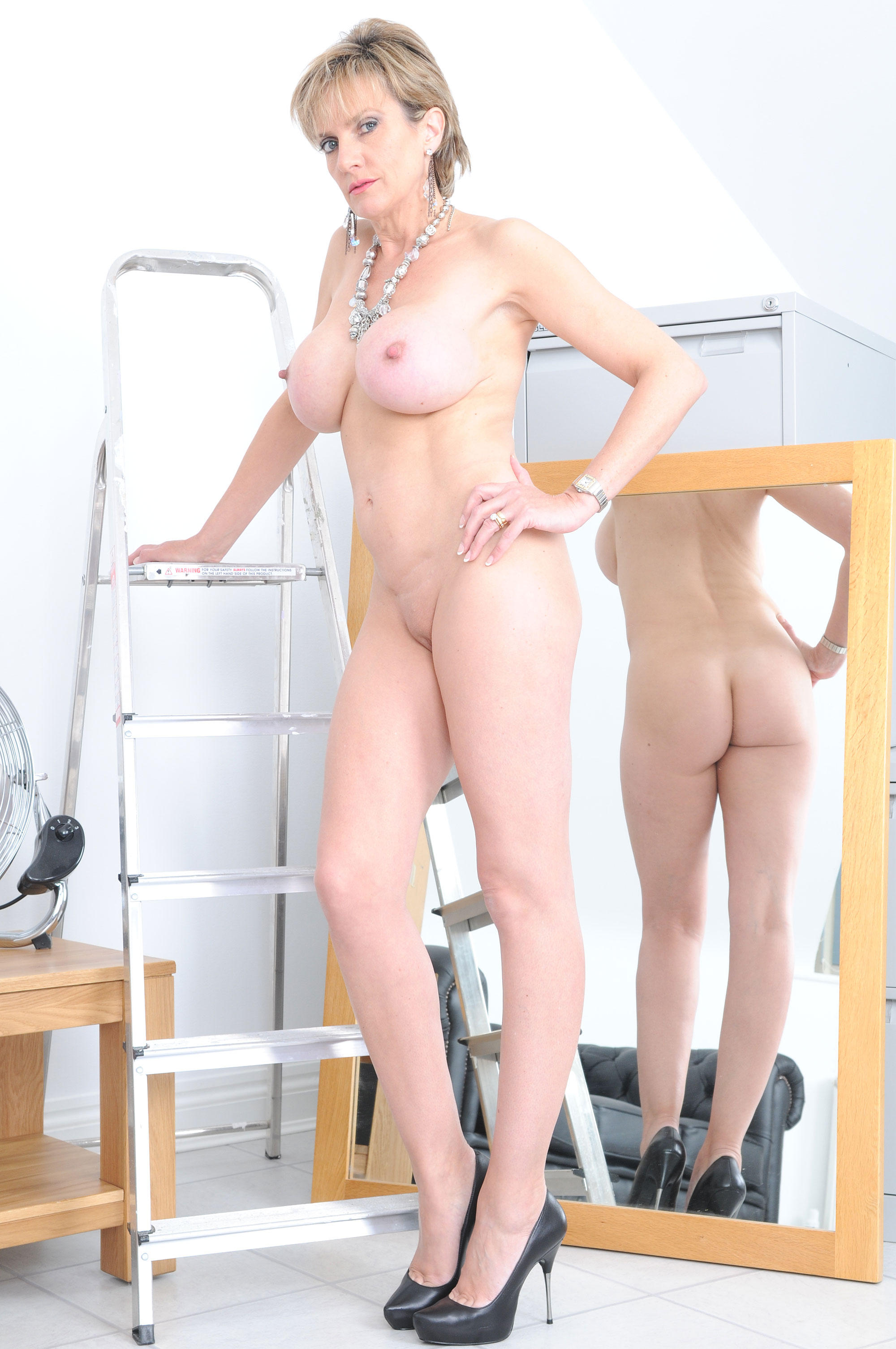 Candy may big cock in thight ass 6