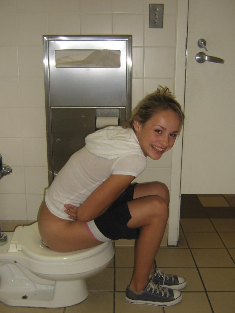 Humiliated Naked Girl On Toilet