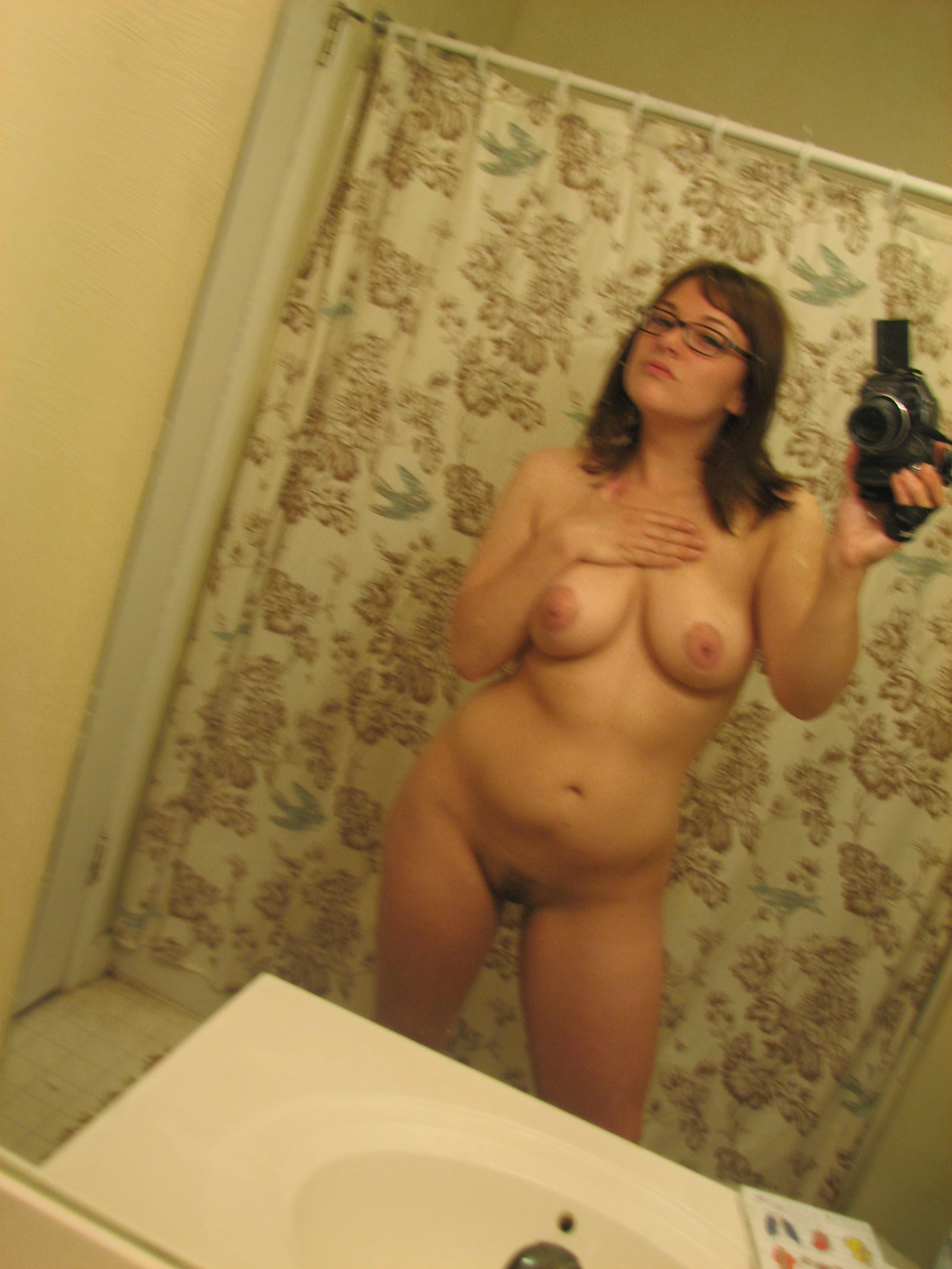 Nude in mirror Sexy girls