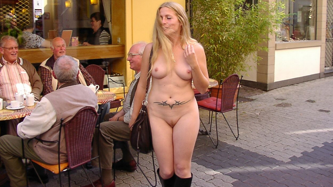 naked-nudists-doing-the-dirty-amatuer-naked-brunette-woman-anal