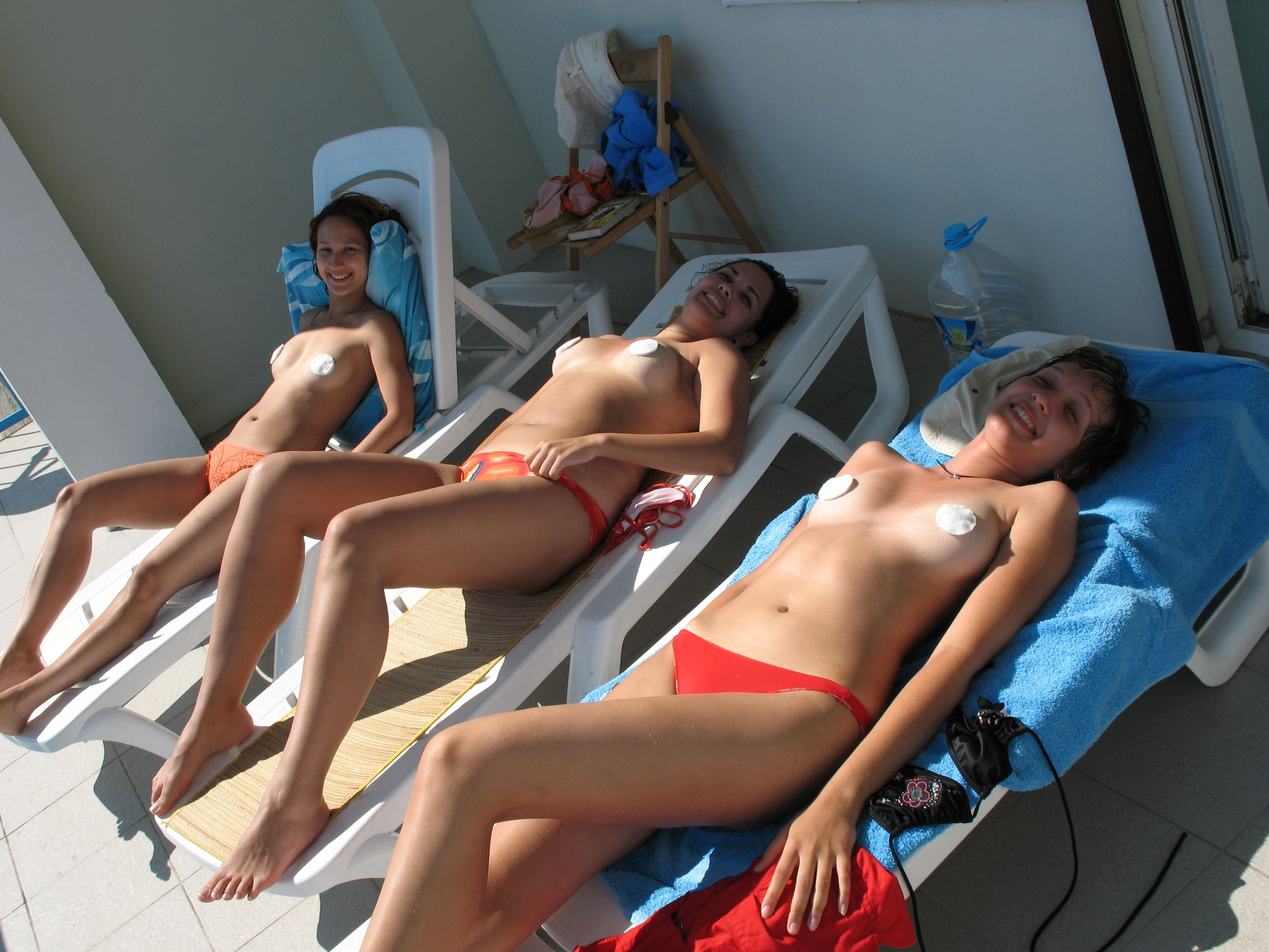 Afterschool tanning 5 the one that would never date you