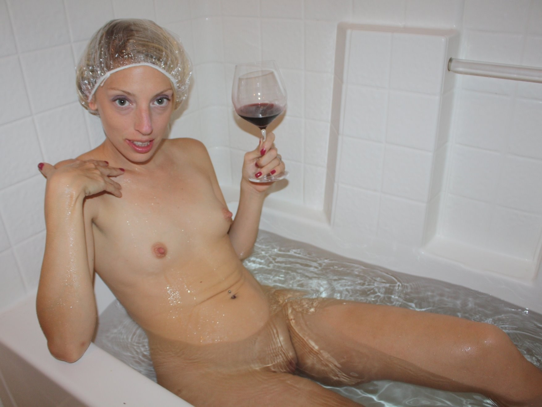 Wife in tub nude
