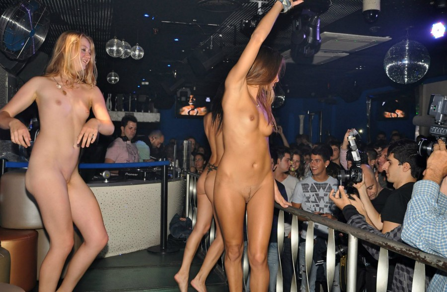 Not Sex in a club naked