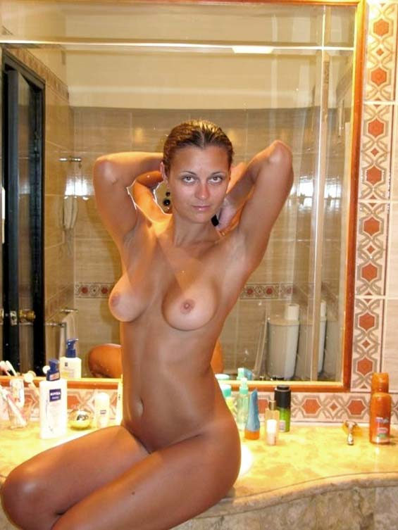 Tits sex in bathroom naked