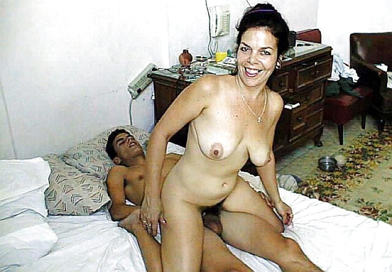 With poze xxx naked mom end son porn