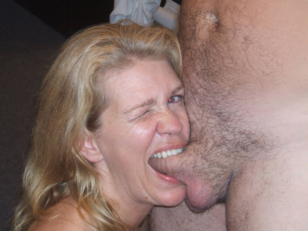 amateur wife biting dick