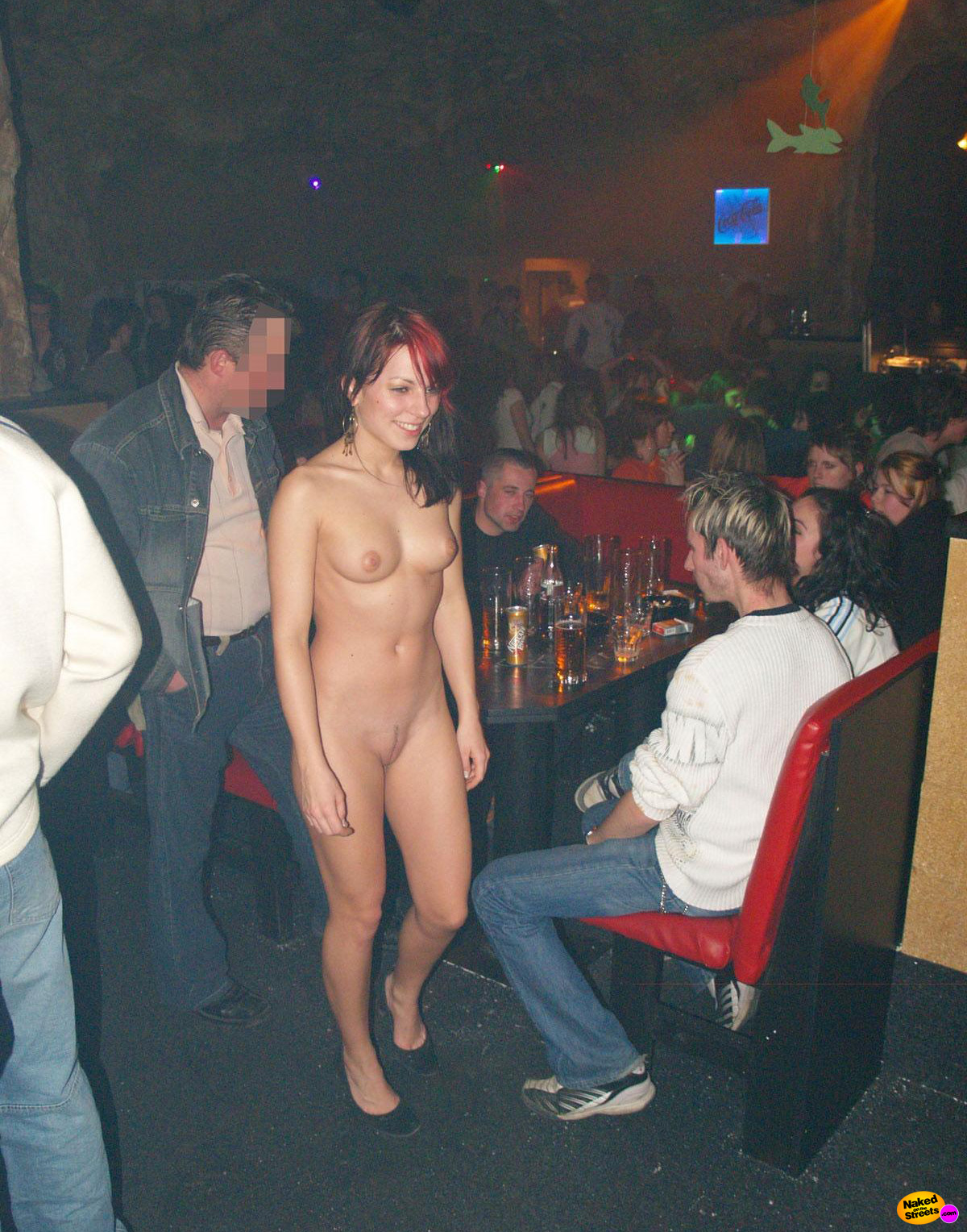 nude-bar-girls-wallpaper-full-hd