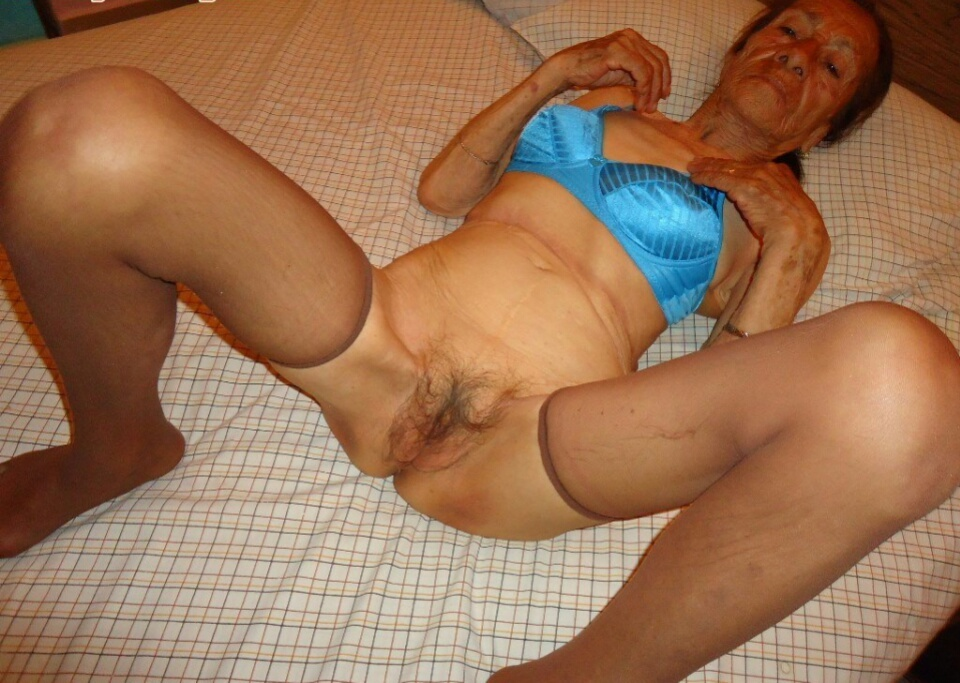 Very skinny old granny painful fucking