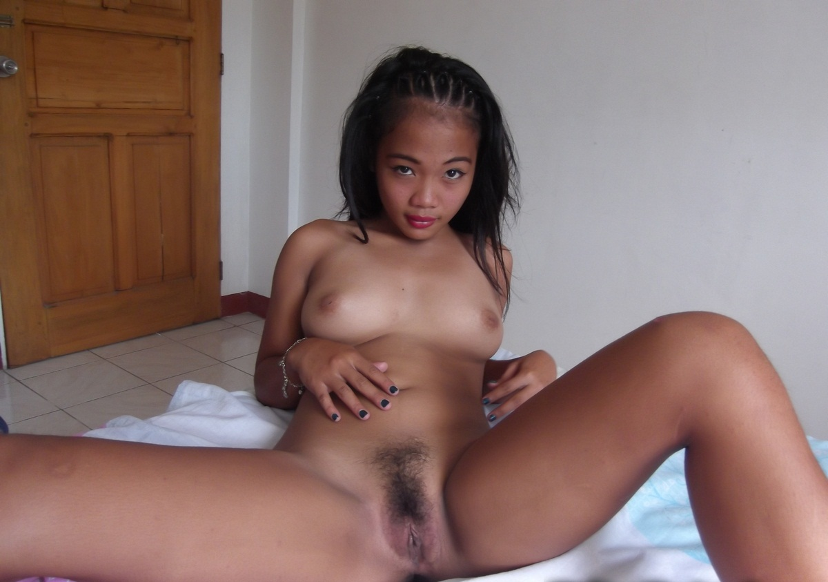 This full naked vagina of tibet girl