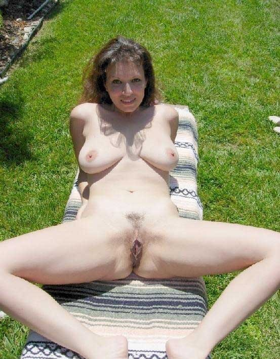 Mature nudests theme simply