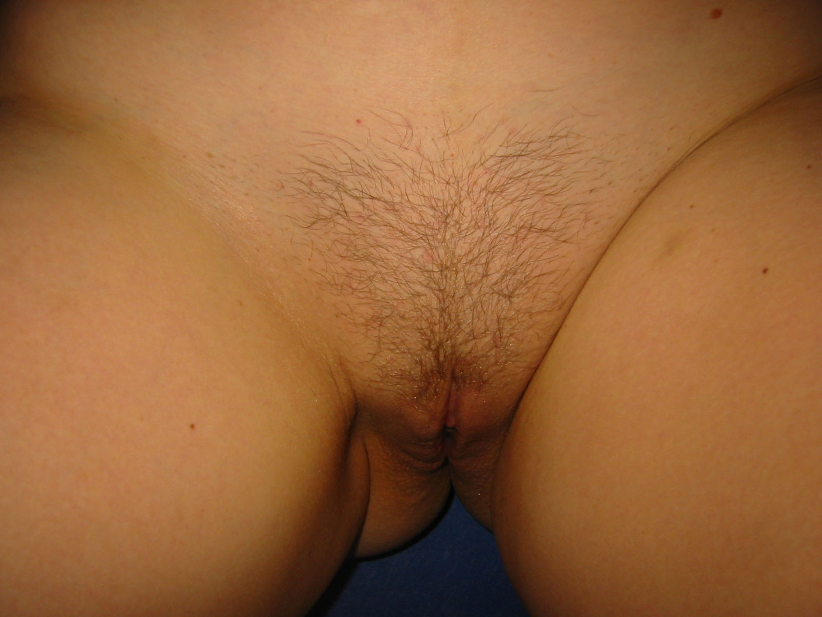 Close up shaved amatures