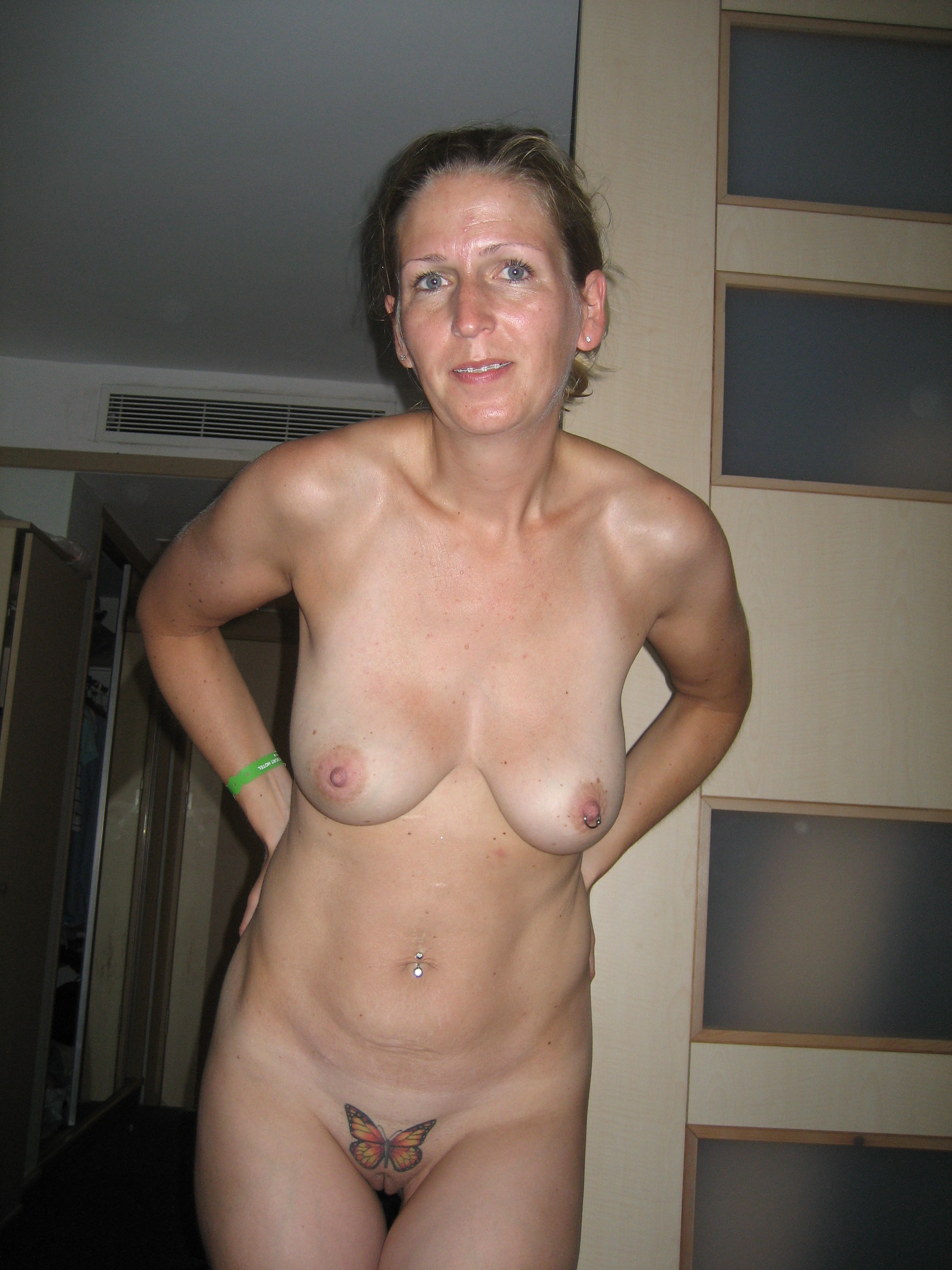 Absurd situation Mature wife porn opinion