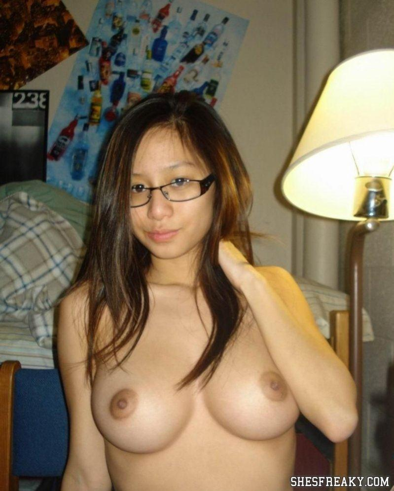Pictures pussy porn naked beautiful asian girls hard