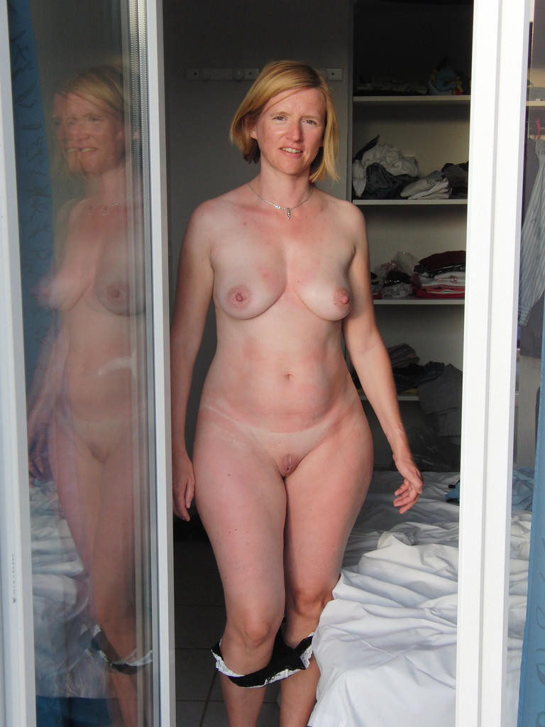 Only nude pic of wide hips has touched