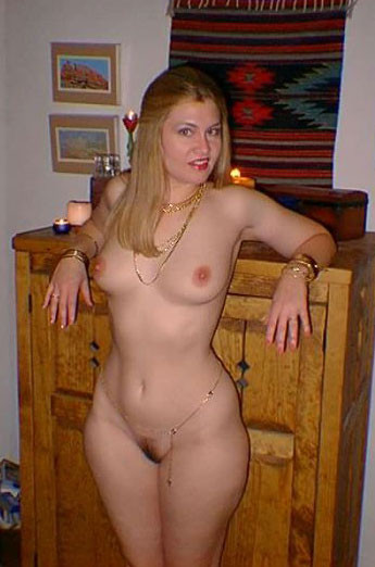 Teen nude with wide hips