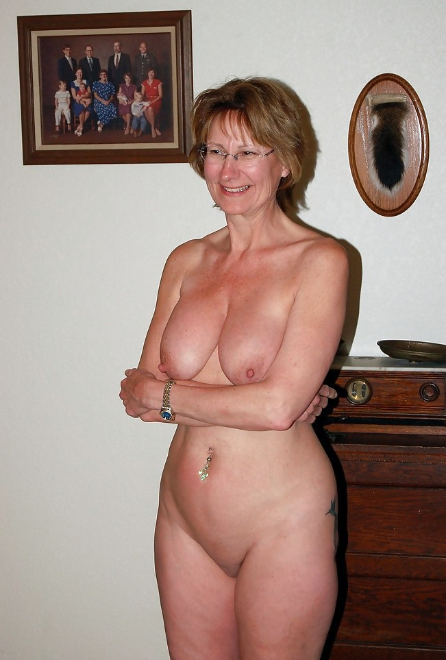 real amateur housewife big tits