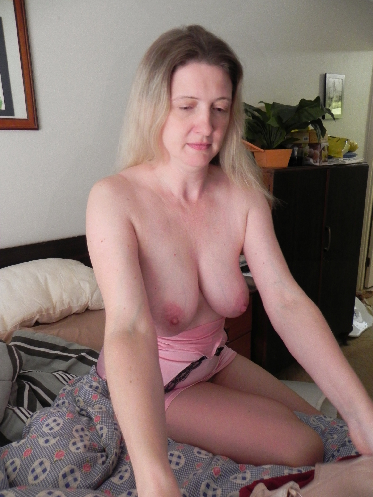 housewifes with big tits