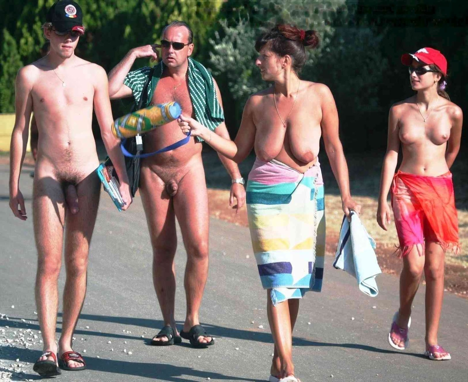 son boy mom nudist The Whole Family Is Looking At The Son's Huge Wang