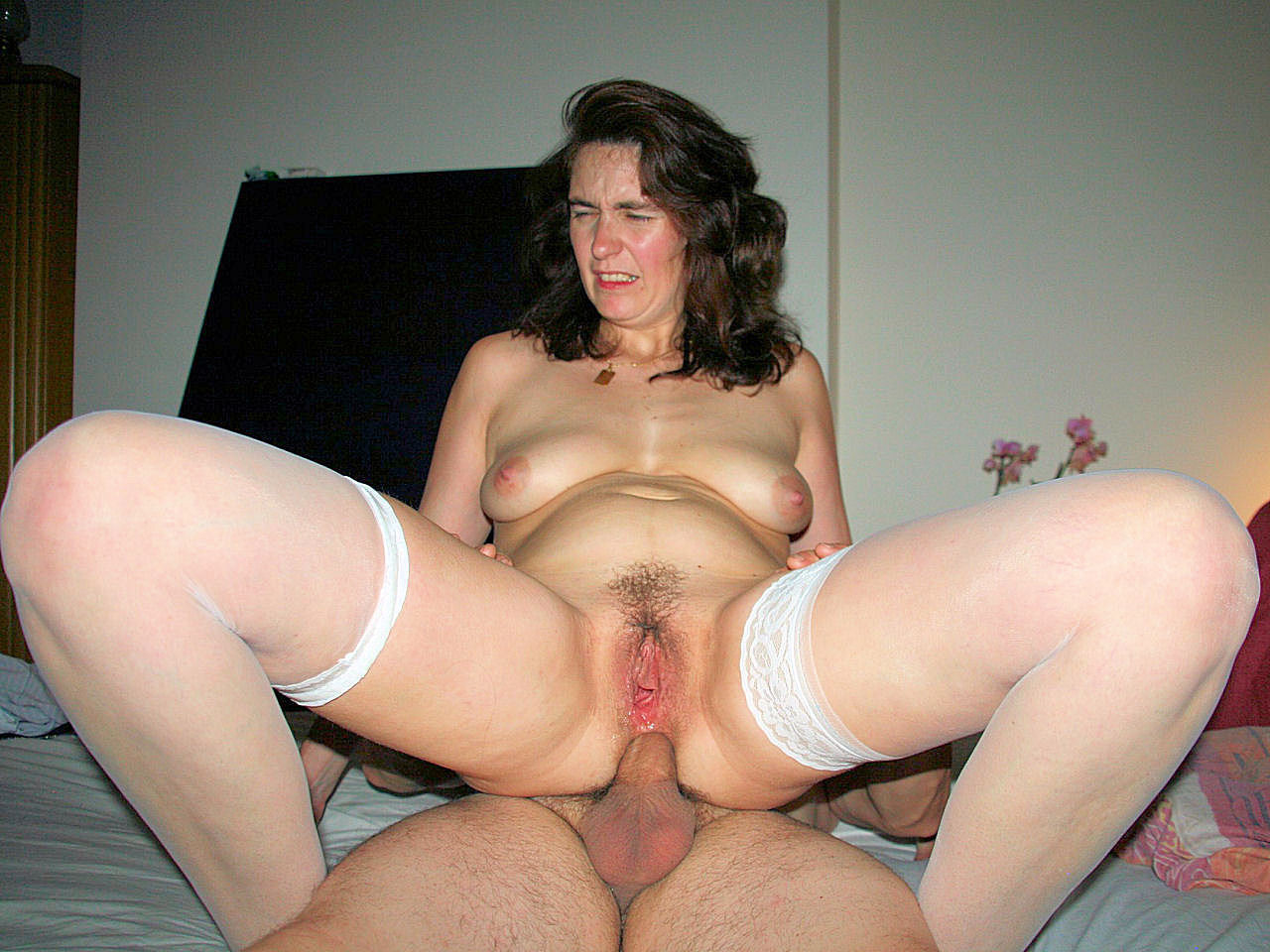 Amateur Wife Hairy Sharing