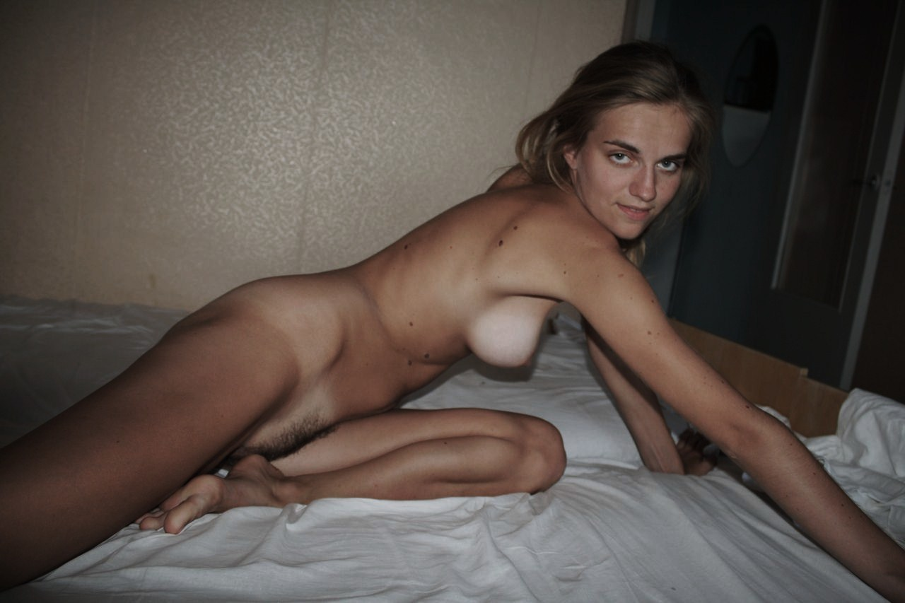 Housewife pics, nude wives porn photos