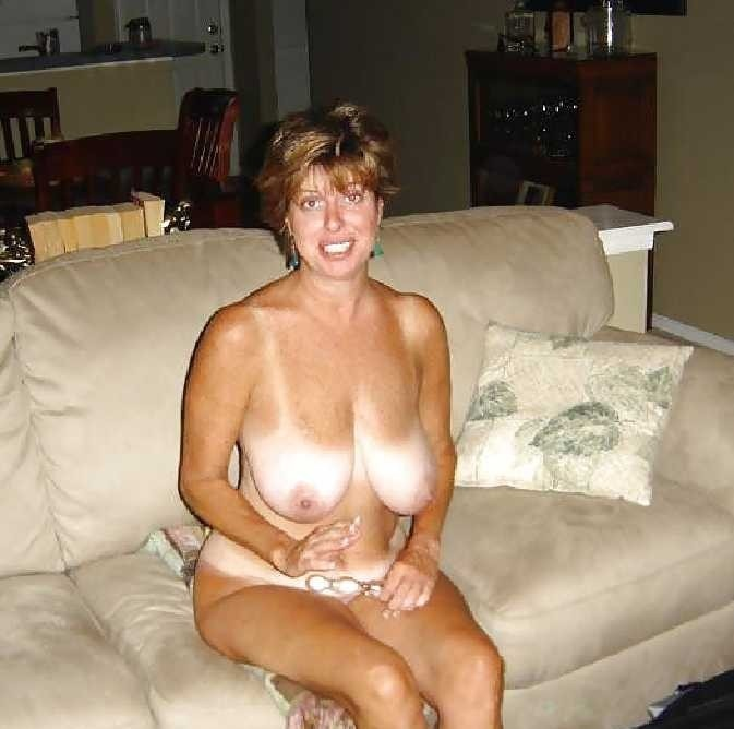 amateur mature heavy hangers