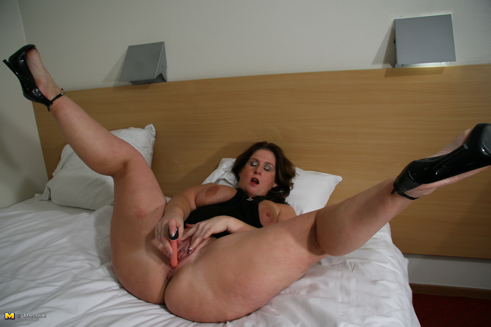 Cock milking without orgasm