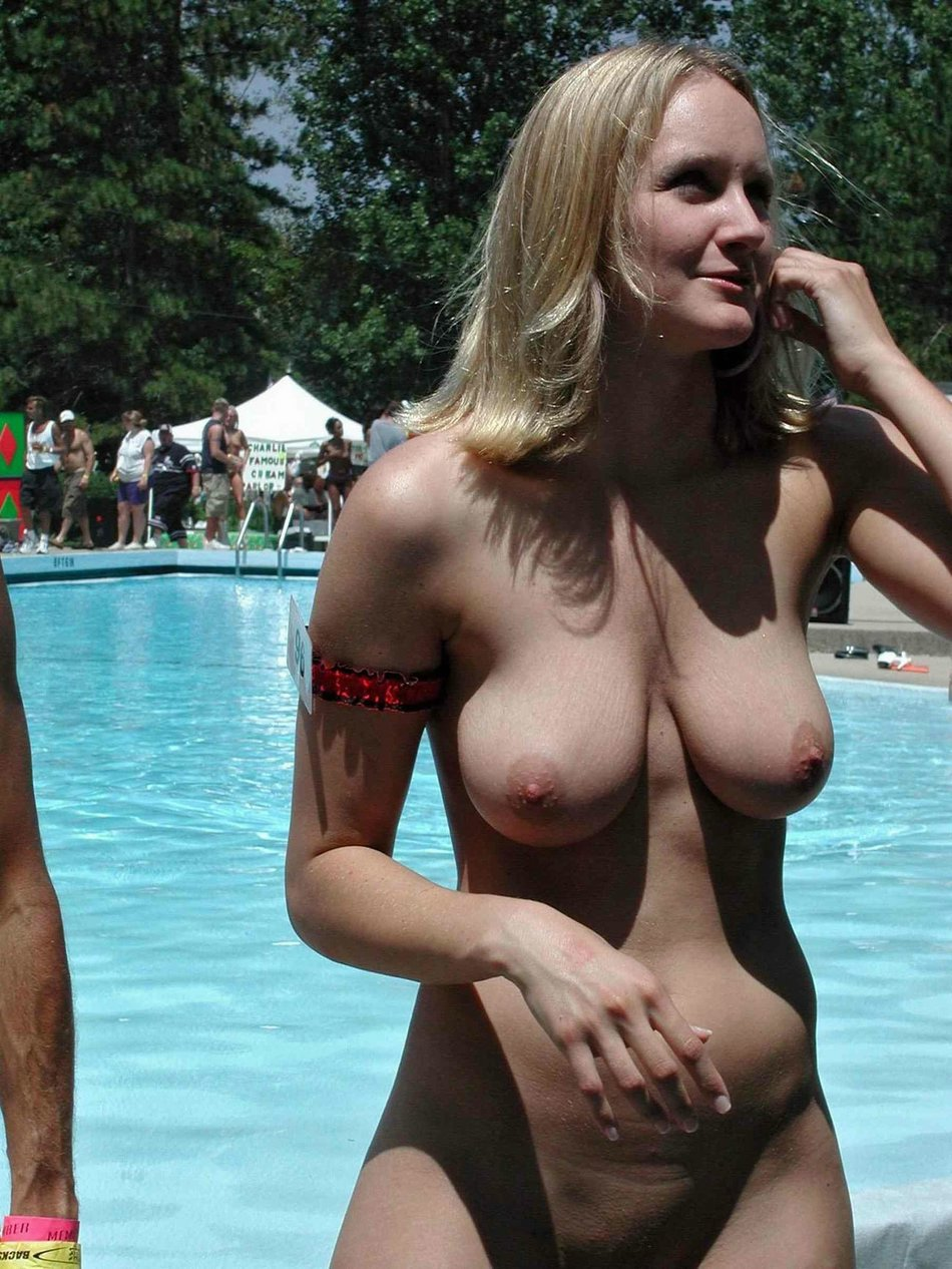Natural amateurs breasts big