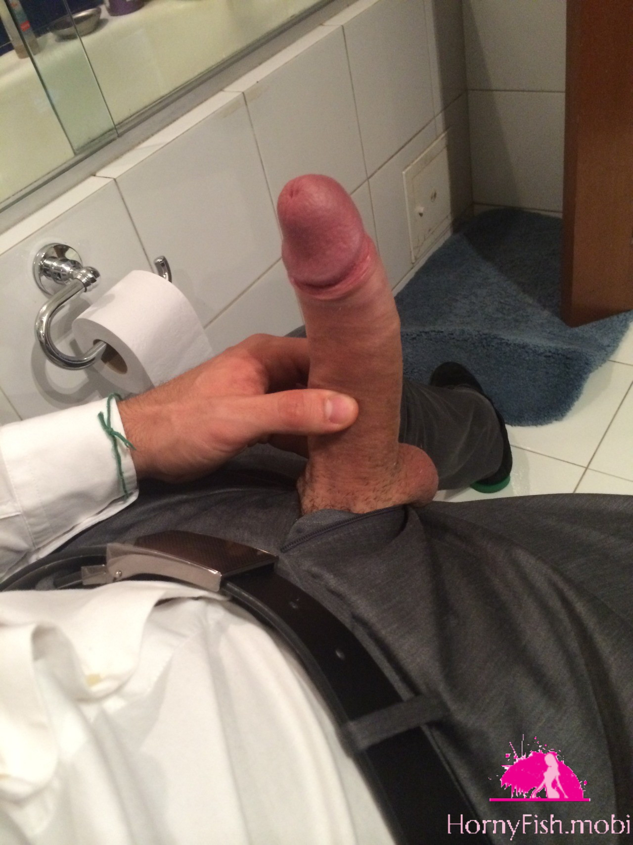 My first masturbate in pants