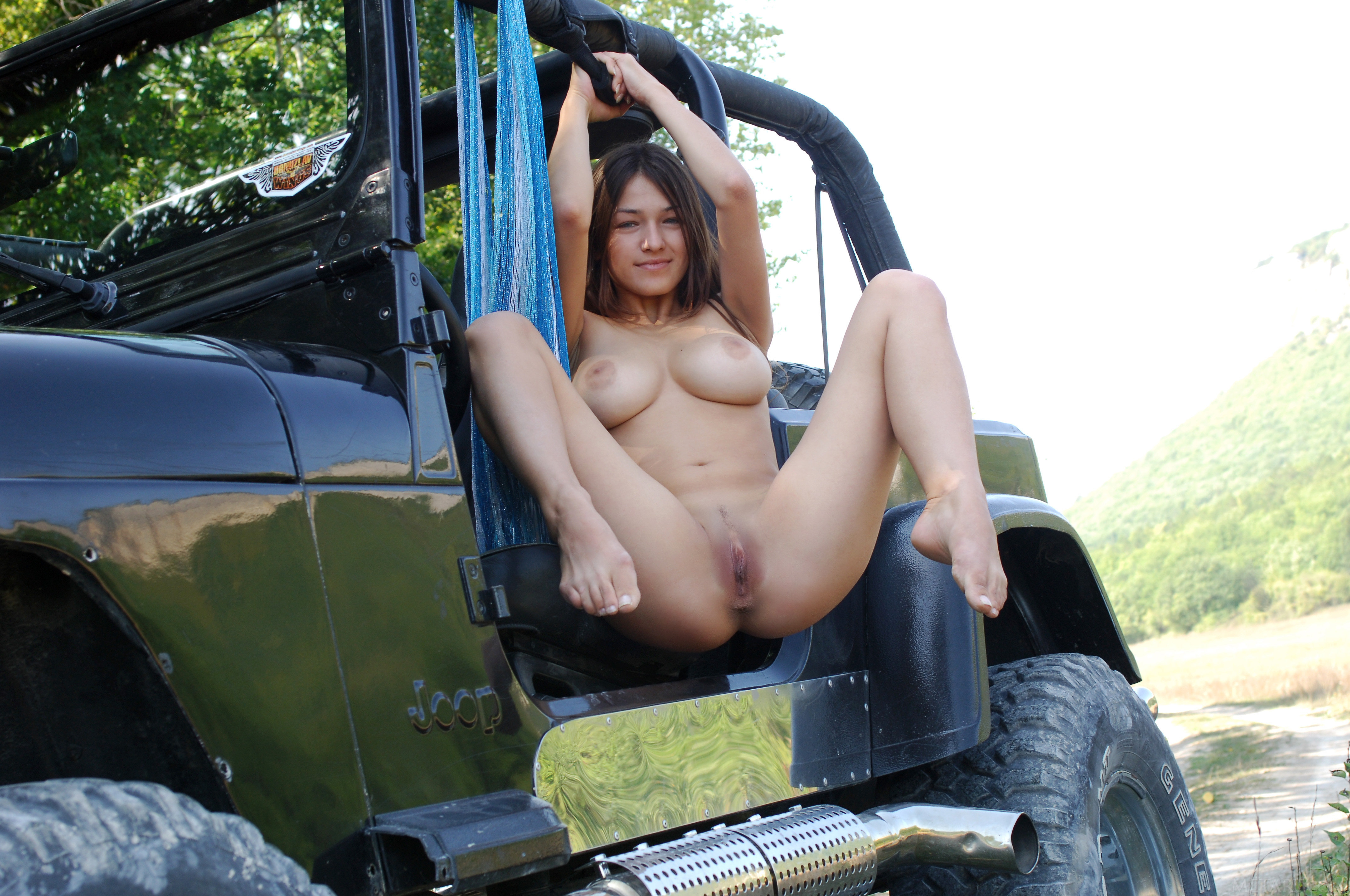 Showing Xxx Images For Jeep Babes Xxx