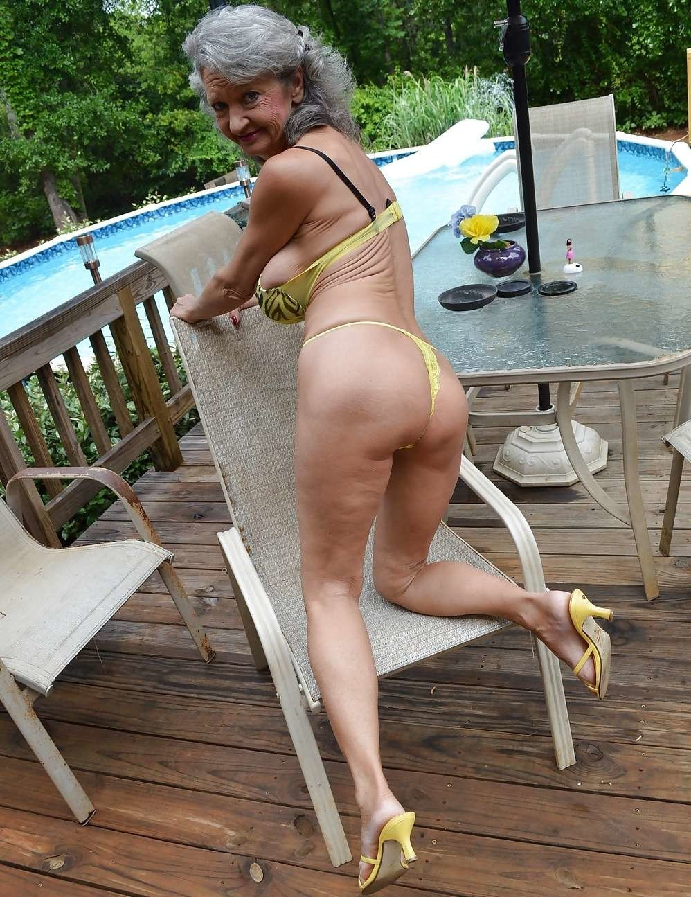 Free mature milf gallery
